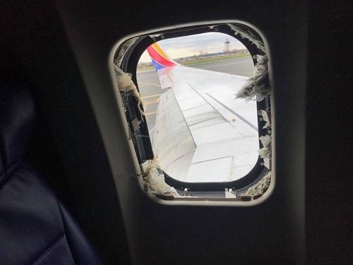 Những vụ khách bị hút khỏi máy bay ở độ cao hàng nghìn mét