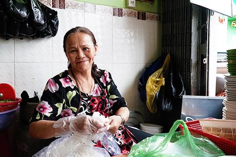 Quán bún riêu hơn 20 năm ở Đà Lạt có ngày bán 500 tô