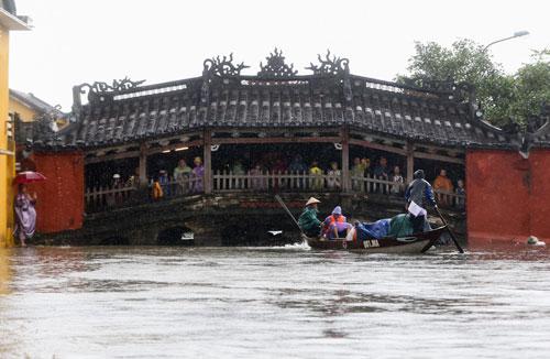 Thách thức của du lịch Việt Nam trước biến đổi khí hậu