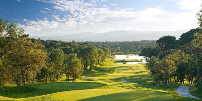 Những sân golf đẹp nhất thế giới