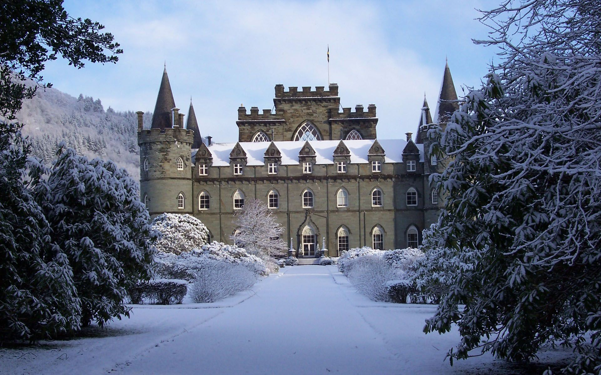 Winter-Scotland-Castle-1377259296.jpg
