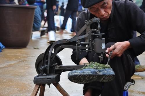 Những phiên chợ lùi chỉ có ở Hà Giang