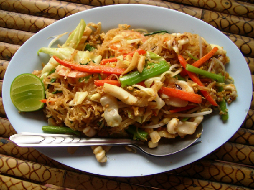 7-try-some-authentic-food-1378178169.jpg