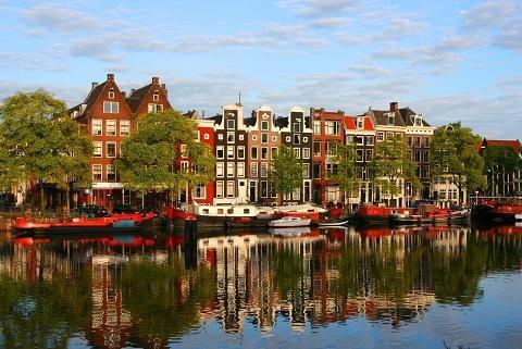 amsterdam-1362387764-500x0-8232-13793172