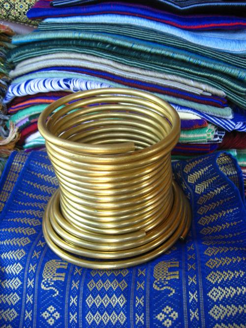 thailan2008 668 2217 1379388438 Bộ tộc những cô gái cổ dài ở Thái Lan
