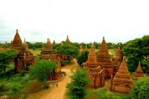 old-bagan-temples.jpg