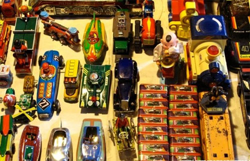 Chợ Ratchada là nơi lý tưởng dành cho những tín đồ hoài cổ.