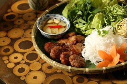 Bún chả mang phong vị ẩm thực Hà thành. Ảnh: monngonblog.blogspot.com