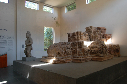 một số hiện vật tại bảo tàng