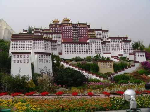 The-Potala-Palace-Tibet-6301-1381723945.