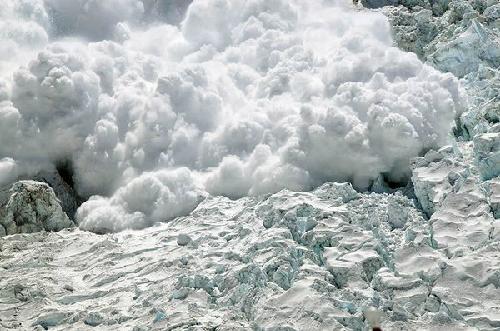 everest-avalanche-khumbu-icefa-5344-7041