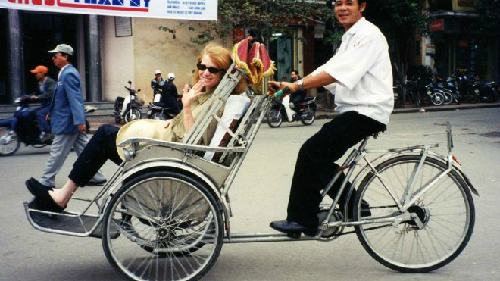 Cyclo-Tour-Hanoi-1455-1382156885.jpg