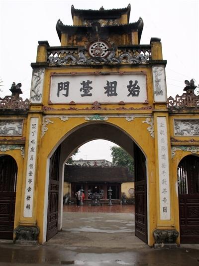 Den-tho-Kinh-Duong-Vuong-tienp-5554-2865