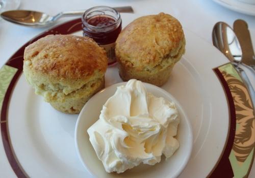 Scones-Clotted-Cream-w-Strawbe-5294-5286