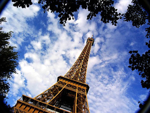 Eiffel-Tower-600x400-7230-1389339432.jpg