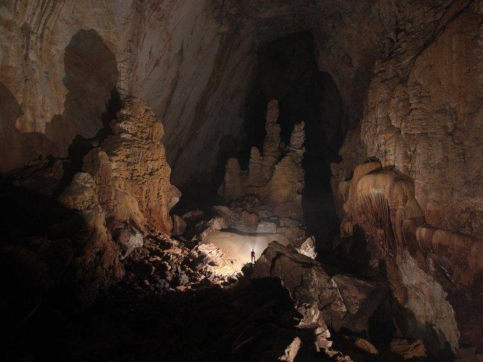Sơn Đoòng vào top 12 hang động ấn tượng thế giới