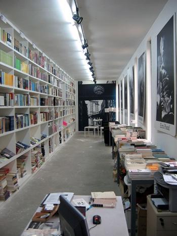bookworm-5003-1389667698.jpg