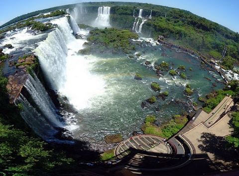 Thac-nuoc-Iguazu--Argentina.jpg