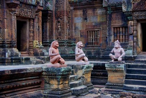 Banteay-Srei-8106-1392784987.jpg
