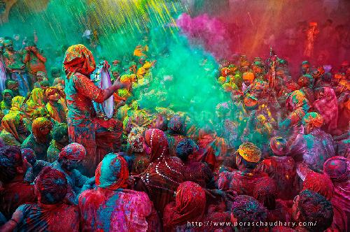 The-Holy-Singer-Holi-India-1132-13940909