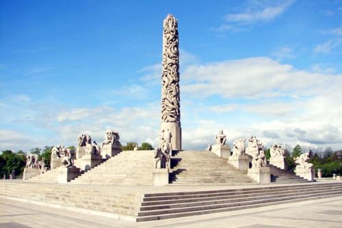 Tác phẩm nổi tiếng nhất tại công viên khỏa thân Oslo