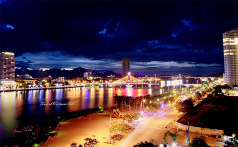 biểu tượng du thuyền. Điều này tượng trưng cho một thành phố cảng biển tràn đầy sức trẻ, được kỳ vọng là biểu tượng kiến trúc mới và điểm nhấn du lịch.