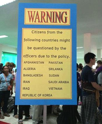 Cơ quan chức năng Thái Lan khẳng định đã có sai sót tại cửa khẩu Aranyaprathet và sẽ gỡ bỏ thông báo gây phản cảm đối với du khách Việt Nam.