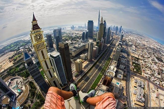 Thử cảm giác mạnh cực đỉnh trên những tòa nhà cao chót vót ở Dubai