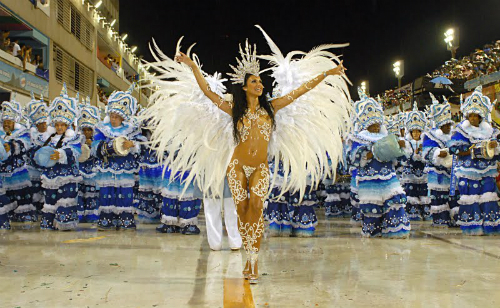 Fabia-Borges-Drum-Queen-rocinh-4039-7286
