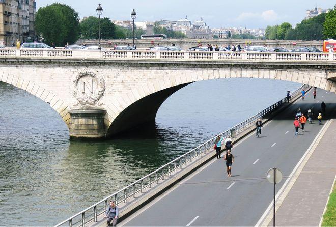 Ghé thăm dòng sông Seine thơ mộng của Paris
