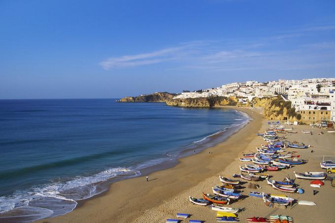 10 bãi tắm khỏa thân tuyệt nhất châu Âu