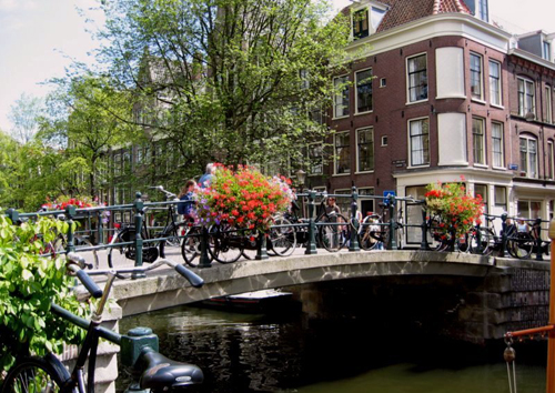 Amsterdam-During-the-summer-br-9469-6275