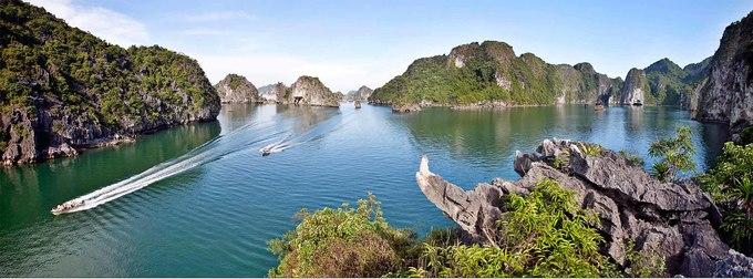 Vẻ đẹp vịnh Hạ Long nhìn từ trên cao