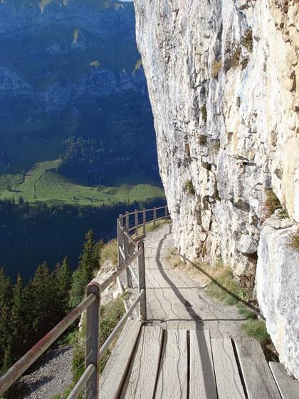 Ebenalp-Path-Switzerland-3975-1410193027