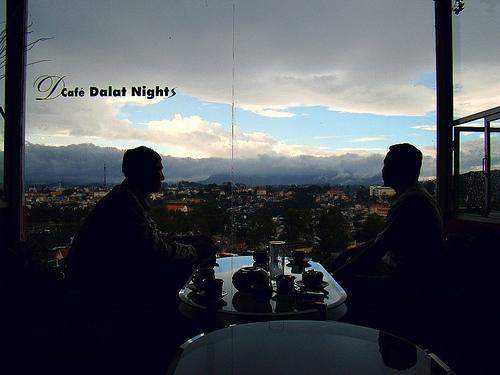 Cafe-Dalat-Nigt-1706-1411032337.jpg