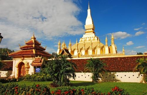 Pha-That-Luang-Vientiane-Laos-2759-14123
