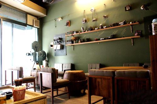 CFX2 3102 1383727480 4048 1414211485 Khi cá tính bắt tay cà phê ở Hà Nội