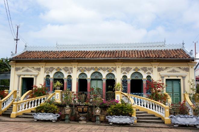 Ngôi nhà cổ đẹp nhất miền Tây