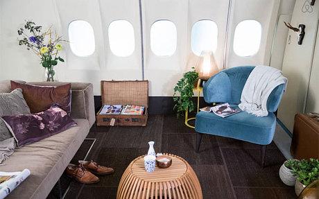 may bay 1 9786 1415962847 Dịch vụ ở trọ miễn phí trên máy bay