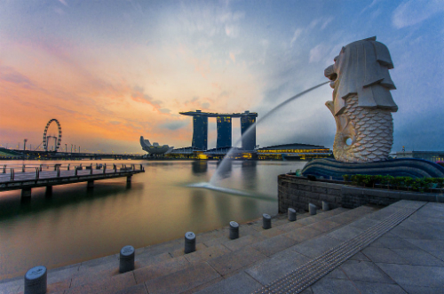 Rear-view-of-the-Merlion-statu-3022-6494