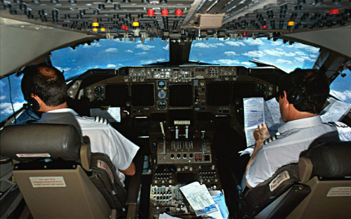 pilot-2684667b-7387-1416287784.jpg