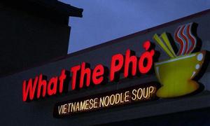 10 nhà hàng có biển hiệu hài hước nhất thế giới
