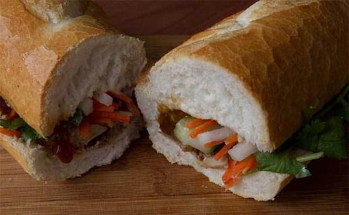 Bánh mì Việt vào top 5 món ăn 'nhất định phải thử'