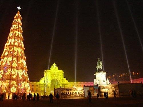 Lisbon-Christmas-tree.jpg