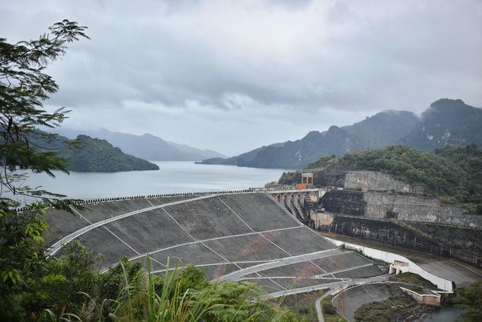 Công trình thủy điện - 'Đặc sản' du lịch của Hòa Bình