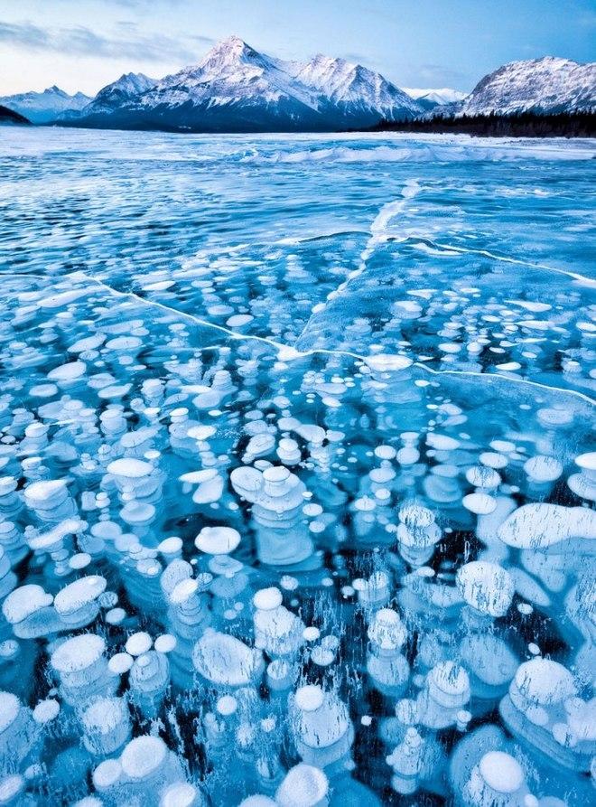 frozen lake pond ice 5 880 1420442301 660x0 Khám phá những thiên đường mua sắm cuối năm tại Châu Á