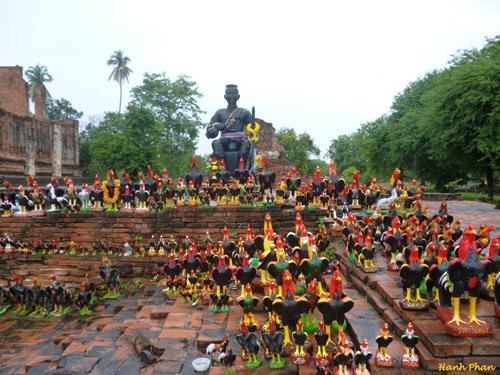 Chua-Wat-Thammikarat-voi-bieu-5522-2824-