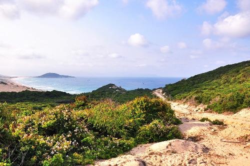 Cung đường trải nghiệm mọi loại địa hình ở Khánh Hòa