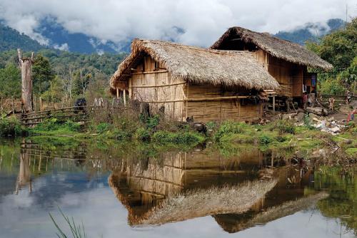 kachinhouseburma 2315 1422073273 Khám phá những thiên đường mua sắm cuối năm tại Châu Á