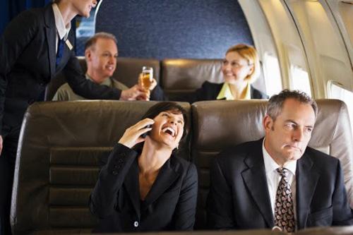 airplane phone 2670 1422588814 Khám phá những thiên đường mua sắm cuối năm tại Châu Á